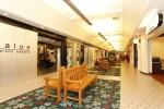 kahala-mall-west-wing